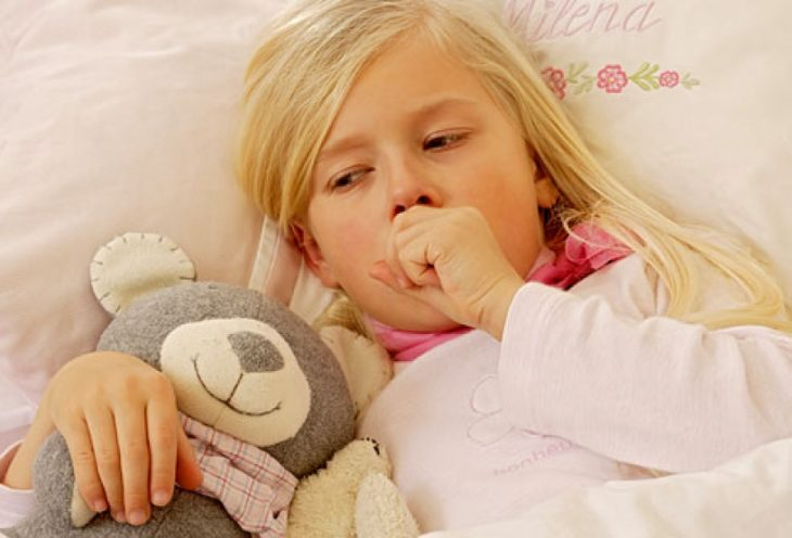 Шелушение кожи вокруг губ как лечить