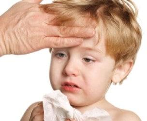 боль в горле и сухой кашель без температуры у взрослого лечение