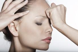 Почему болит кожа головы?