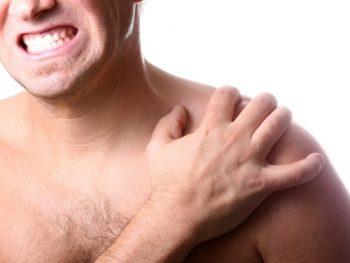 перелом ключицы симптомы