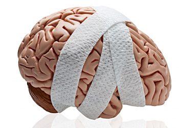 Сдавление головного мозга чем проявляется как лечить