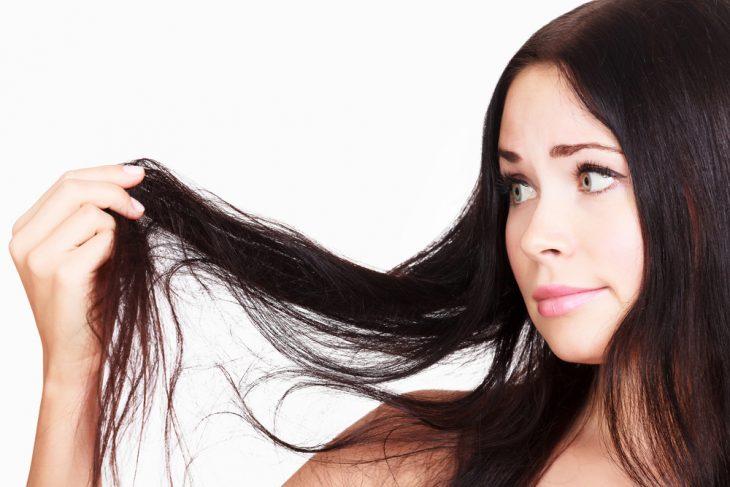 Выпадение волос пятнами