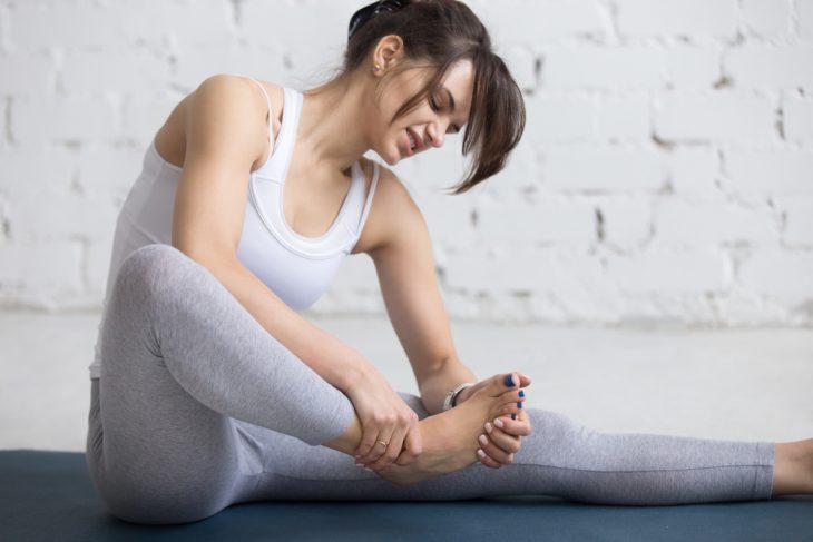 Как наложить повязку на голеностопный сустав