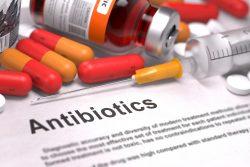 Антибиотики при ангине у взрослых и детей