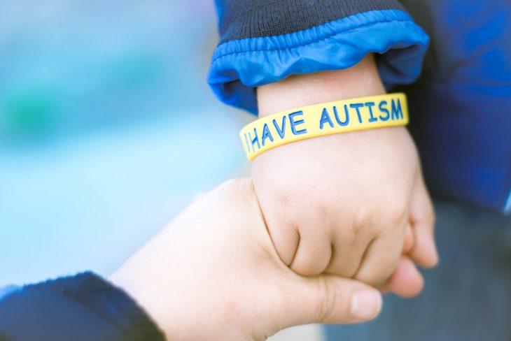 симптомы аутизма у ребенка 1 5 года