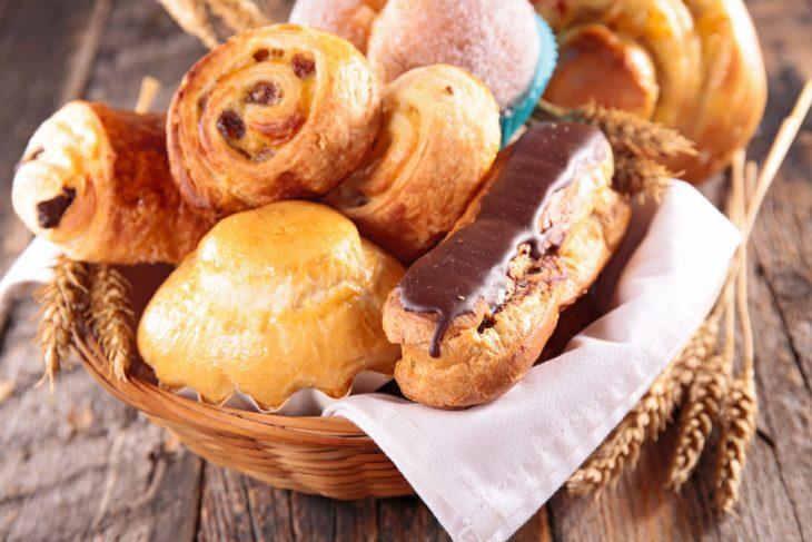 Вредная еда для здоровья беда Белый хлеб и выпечка состоят из рафинированных продуктов поэтому очень вредны для здоровья