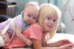 Дисплазия тазобедренных суставов у детей: причины, симптомы, лечение