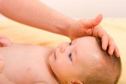 Родничок у ребенка: ответы на вопросы родителей