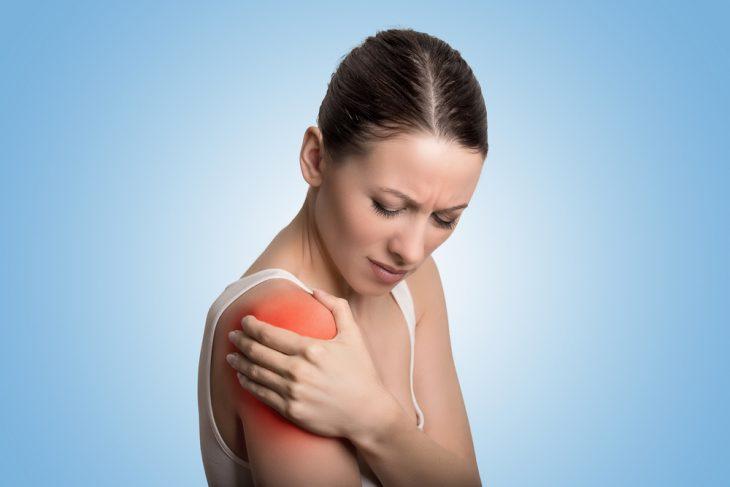 Изображение - Артрит плечевого сустава врач ExternalLink_shutterstock_453479638-730x487