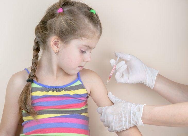 Сколько раз делают прививку против дифтерии