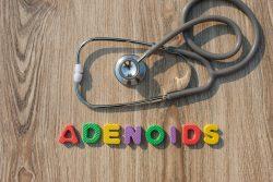Аденоиды: симптомы и лечение