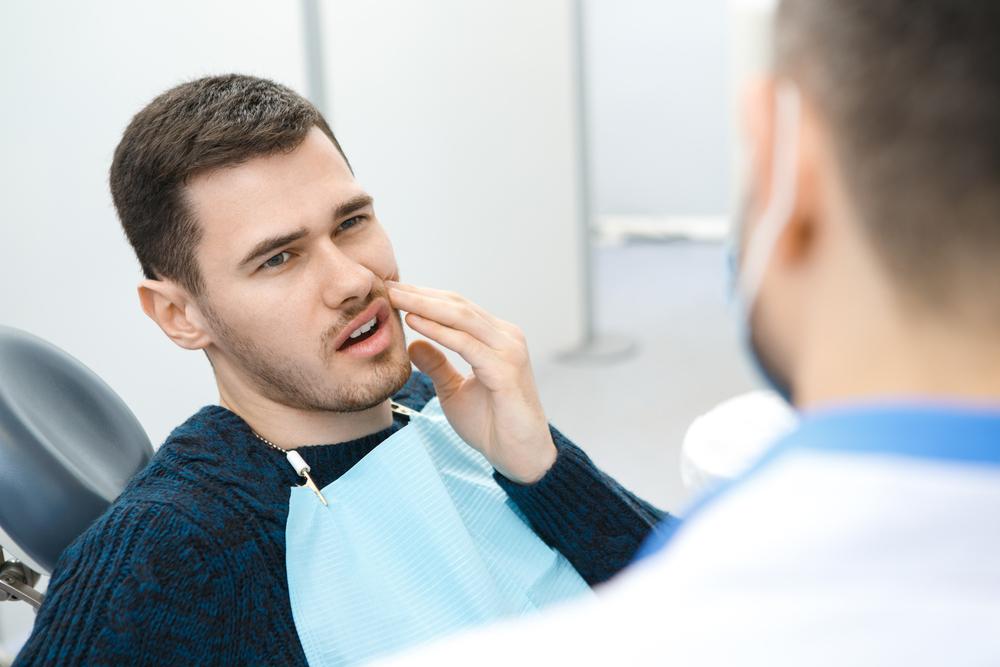 Сильная боль при попадении холодного воздуха в горло