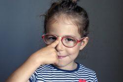 Миопия у детей: причины, лечение, профилактика