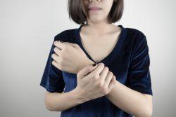 Ревматоидный полиартрит: причины, симптомы и лечение