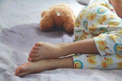 Энурез у детей: причины и лечение