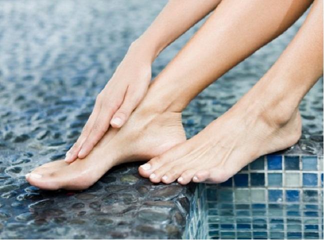 Почему немеют большой палец, средний, безымянный и мизинец на ноге? Немеют и болят пальцы ног: лечение