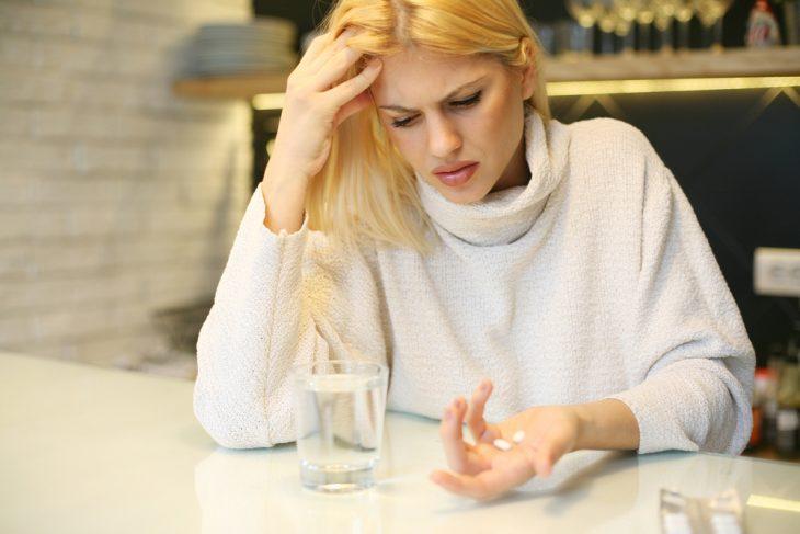 Симптомы и лечение узловатой эритемы
