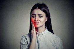 Почему болит зуб после лечения каналов?