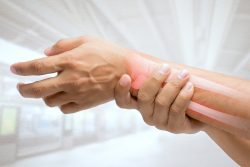 Ложный сустав после перелома: причины, лечение