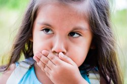Заикание у детей: причины и лечение