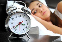 Почему не получается вовремя уснуть и как с этим бороться