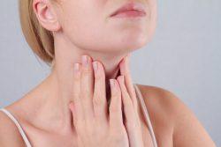 Тиреоидит Риделя (фиброзно-инвазивный тиреоидит): причины, симптомы, лечение