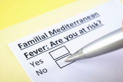 Семейная средиземноморская лихорадка: причины, признаки, принципы лечения