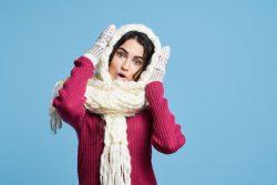 Почему женщины больше склонны к ощущению холода, чем мужчины?