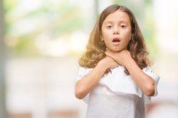 Трахеопищеводный свищ: почему возникает и как лечить