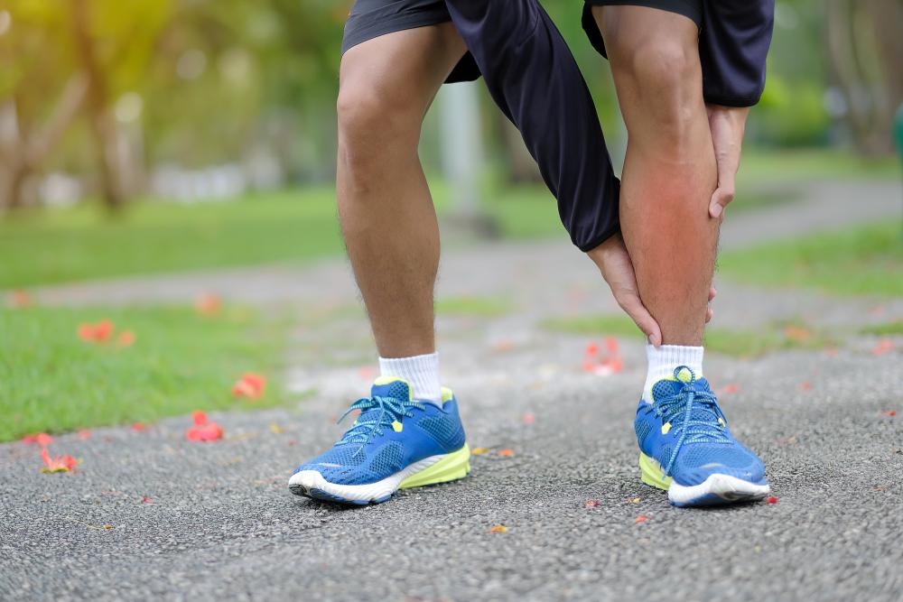 Облитерирующий атеросклероз сосудов нижних конечностей: лечение и симптомы
